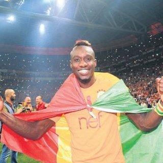Juventus'un yapamadığını Fatih Terim başardı