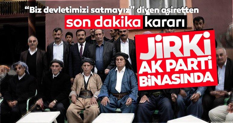 Son dakika... Büyük aşiret teröre meydan okuyarak AK Parti'ye katıldı Boyun eğmeyeceğiz