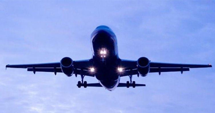 Güney Afrika'da uçak düştü