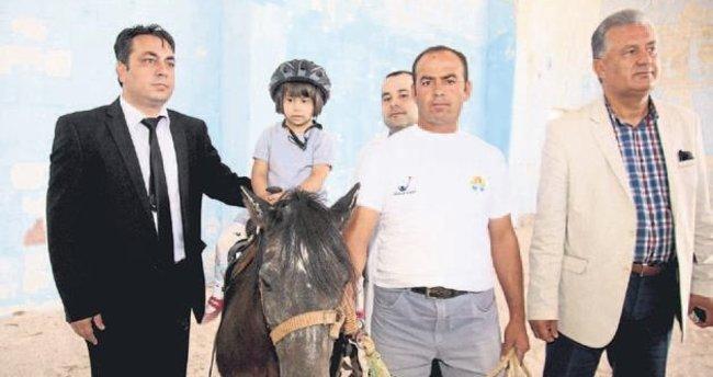 FETÖ'nün atları terapide kullanılıyor