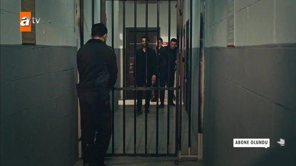 Eşkıya Dünyaya Hükümdar Olmaz 172. bmlümde Alpaslan cezaevine giriyor! Eşkıya izle | Video