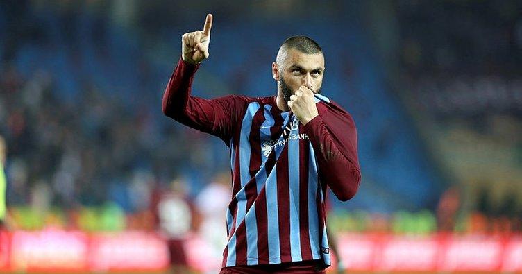 Burak Yılmaz, Trabzonspor'da kaldı
