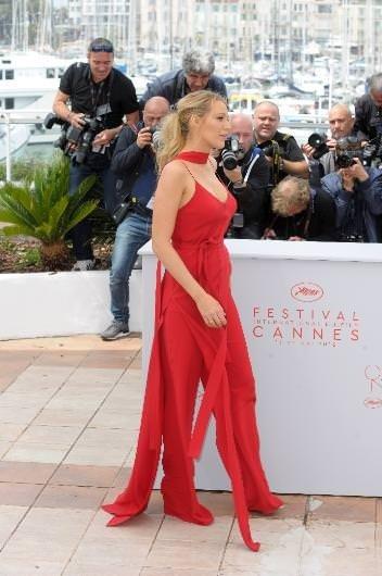 CANNES 2016 Blake Lively Kristen Stewart