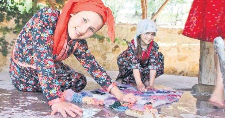 'YaşayanKöy' çocuklara köy yaşantısı sunuyor