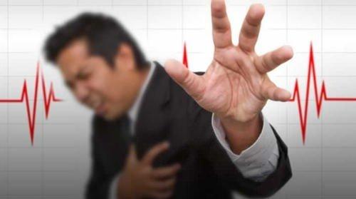 Bu belirtileri yaşıyorsanız kalp krizi geçiriyor olabilirsiziniz!