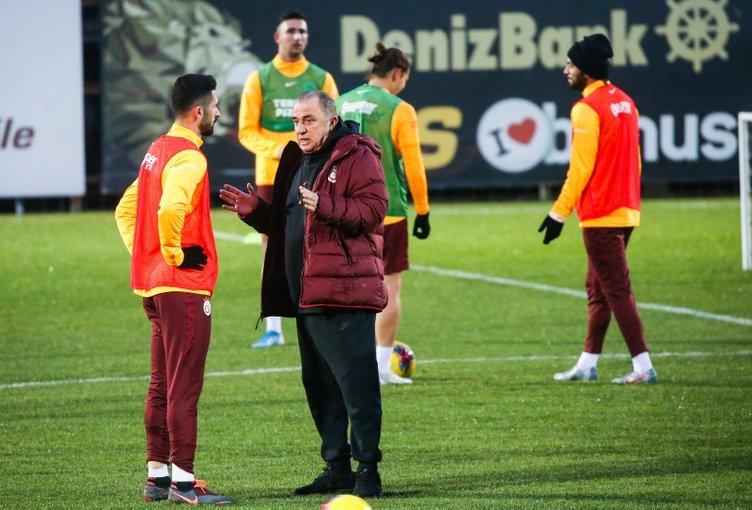 Galatasaray'dan futbolculara teklif! Corona virüsü...