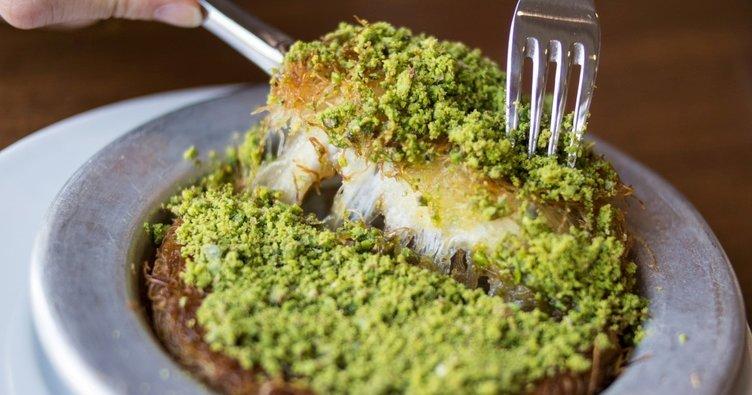 Uzayan peyniriyle künefe tarifi: Çıtır çıtır Hatay usulü künefe nasıl yapılır?
