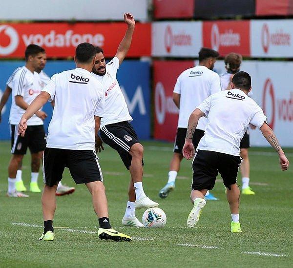Beşiktaş son dakika transfer haberi: İngiltere'de forvet görüşmeleri başladı