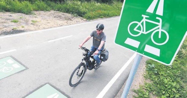 Egelsbach'ta bisiklet otobanı açıldı