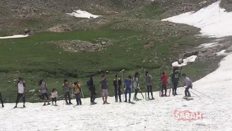 Van'da yaz ortasında kayak keyfi