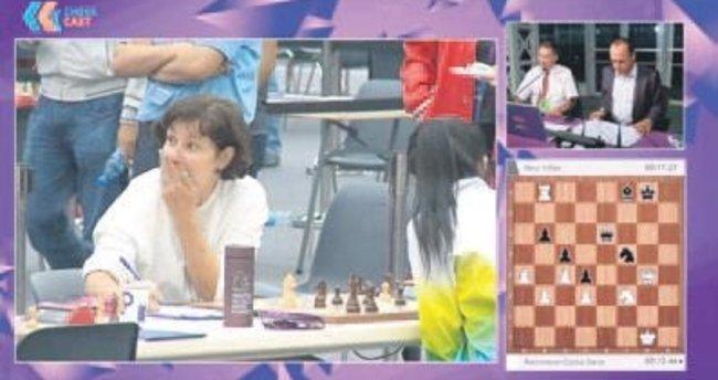 Letonyalı bakan şampiyonu yendi