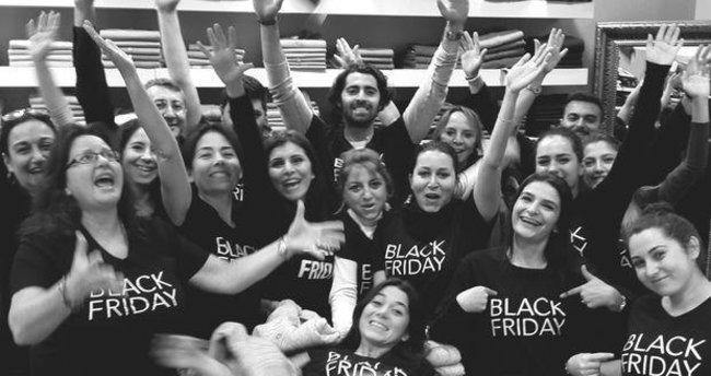 Yine, yeniden Black Friday!