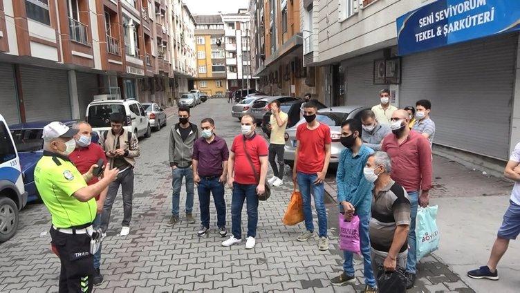 Polisler gözlerine inanamadı! 17 kişinin olması gereken minibüsten 35 kişi çıktı