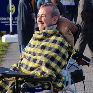 ALS hastası Erkan Genç'in Fenerbahçe sevgisi! Soğuk hava engel olamadı, antrenmanı yerinde takip etti