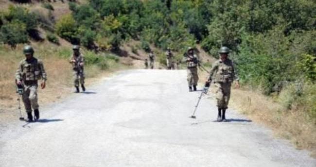 Ağrı'da jandarma karakoluna intihar saldırısı: 2 şehit 31 yaralı