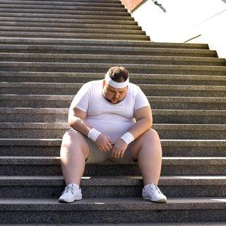 Obeziteye karşı haftada 5 gün 45 dakika tempolu yürüyüş
