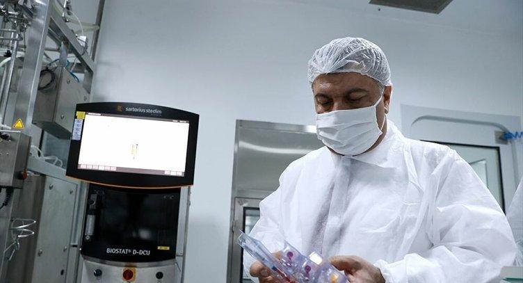 SON DAKİKA | Bakan Koca iki müjde birden verdi! Aşı sözleşmesi ve 12 bin sağlık personeli alımı