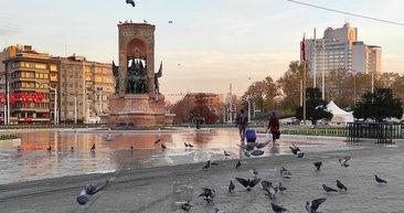 Sokağa çıkma kısıtlamasında Taksim ve İstiklal Caddesi turistlere kaldı