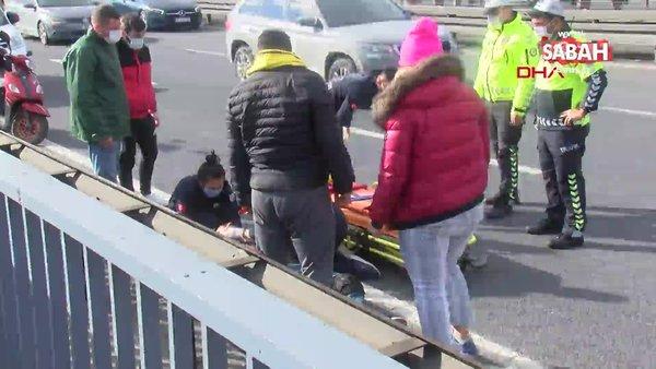İstanbul Kağıthane'deki kazada yola savrulan motosiklet sürücüsü yaralandı   Video
