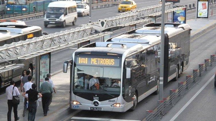 Toplu taşımalarda QR kod ile ödeme dönemi!  Metro, Metrobüs, İETT'lerde İstanbulkart Dijital kart QR kod ile ödeme nasıl yapılır?