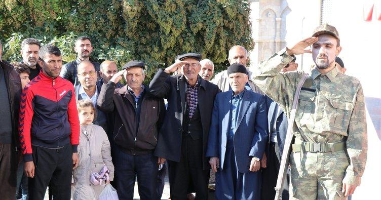 Barış Pınarı Harekatı'na tiyatrolu destek