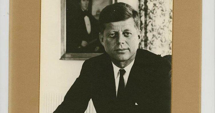 Kennedy'nin imzalı son belgesi açık artırmada