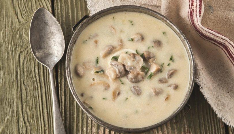 Yoğurtlu Mantarlı Çorba
