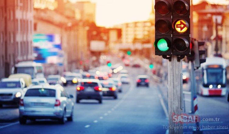 Trafikte yeni dönem başlıyor! Trafik ışığı yeşil yandığı zaman bakın ne olacak...