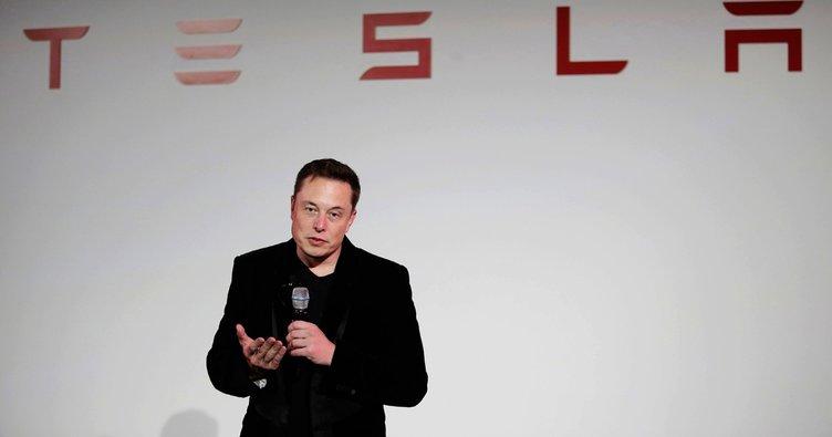 Tesla'da işten çıkarmalar başlıyor!