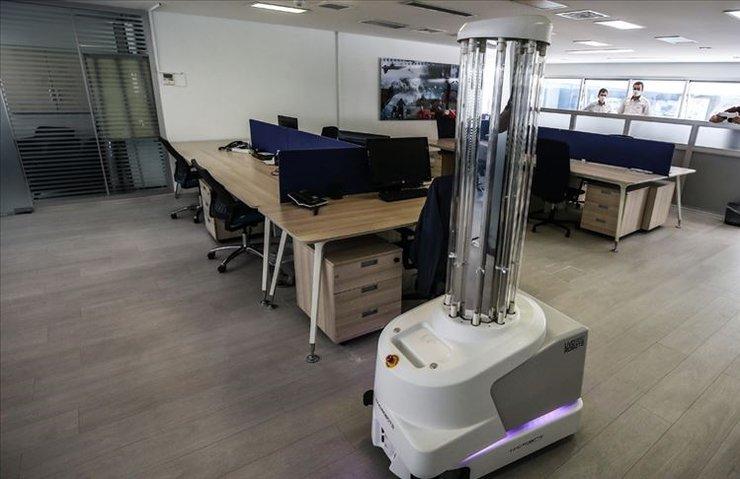 2025'e kadar işlerin yarısını makineler yapacak!