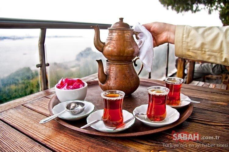 Çay değil zehir demliyoruz! İşte çay demlerken dikkat edilmesi gerekenler