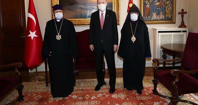 Başkan Erdoğan Türkiye Ermenileri 85. Patriği Sahak Maşalyan ile görüştü