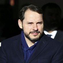 Hazine ve Maliye Bakanı Albayrak'tan Vakıfbank'a tebrik