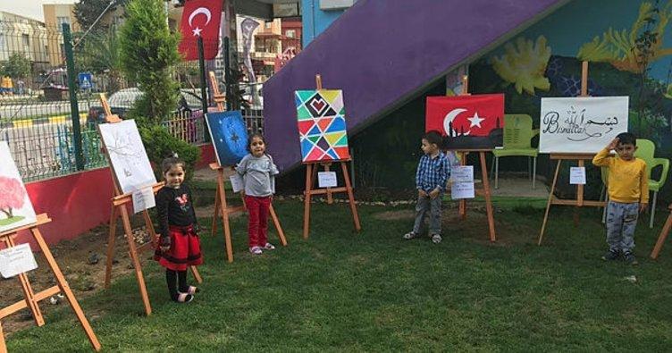 Miniklerin Mehmetçiğe destek için yaptığı resimler 5 bin liraya satıldı