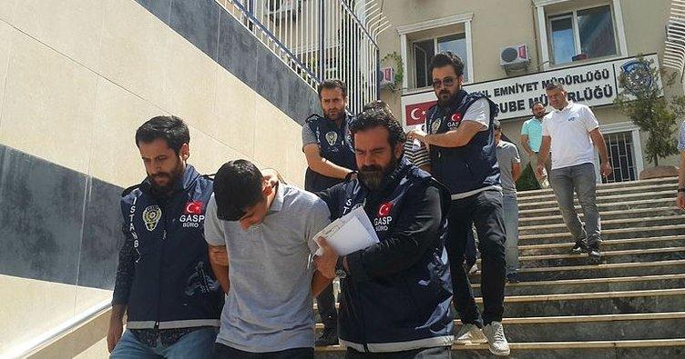Yemek sipariş edip, kuryeleri gasp ettilerGaziosmanpaşa'da gasp çetesi yakalandı