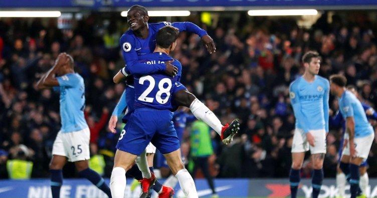Chelsea, Manchester City'yi liderlikten etti