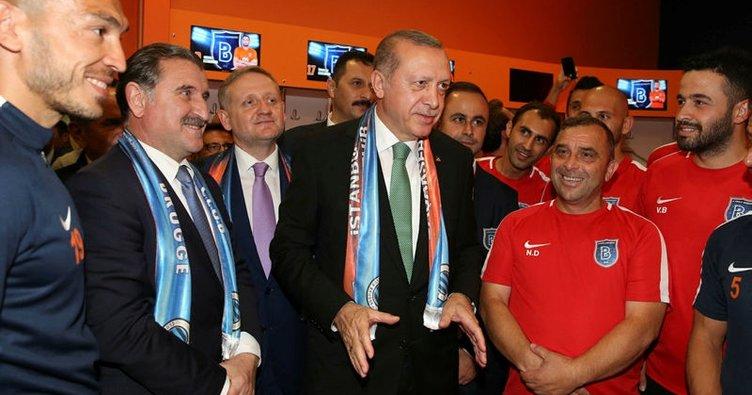 Cumhurbaşkanı Erdoğan, Medipol Başakşehir'i tebrik etti!