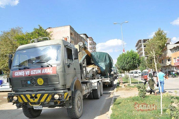 Kilis'ten, Suriye'nin İdlib kentine Hatay'a obüs sevkiyatı yapıldı.