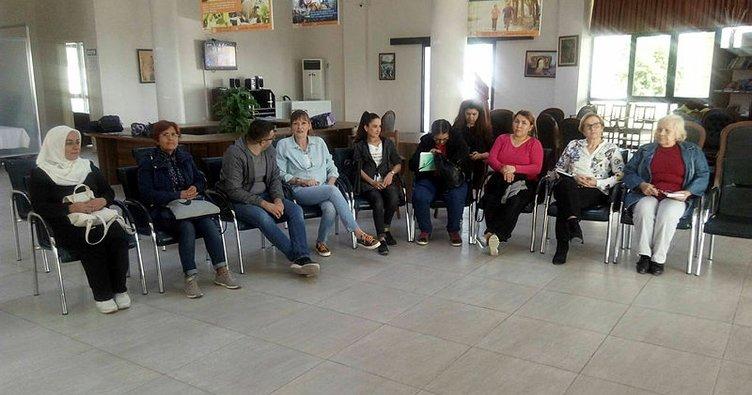 Tarsus'ta işaret dili eğitimi başladı