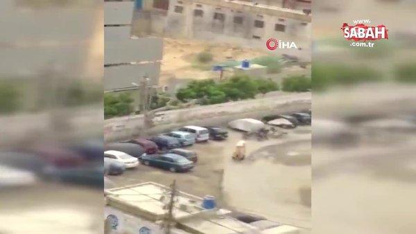 Son dakika: Pakistan'da borsa binasına silahlı saldırı anı kamerada: 2 ölü | Video