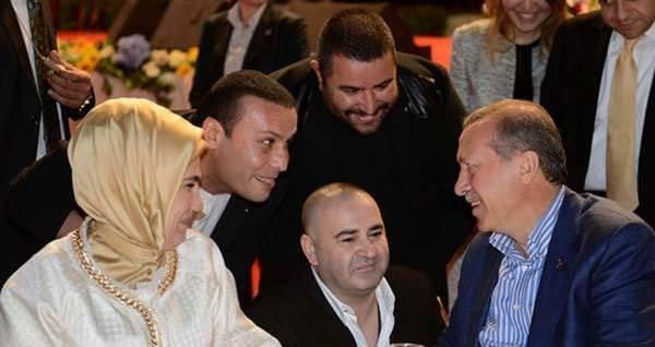 İş ve medya dünyasının ünlü isimleri AK Parti iftarında buluştu