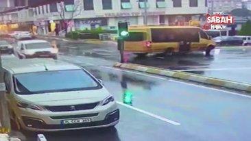 SON DAKİKA! İstanbul'da kadın yayanın kulağının koptuğu minibüs dehşetinin görüntüleri ortaya çıktı | Video