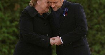O soru Macron ve Merkel'ı utandırdı