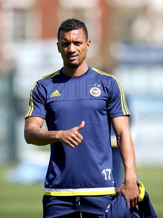 Sezon sonu Fenerbahçe'den ayrılıyor