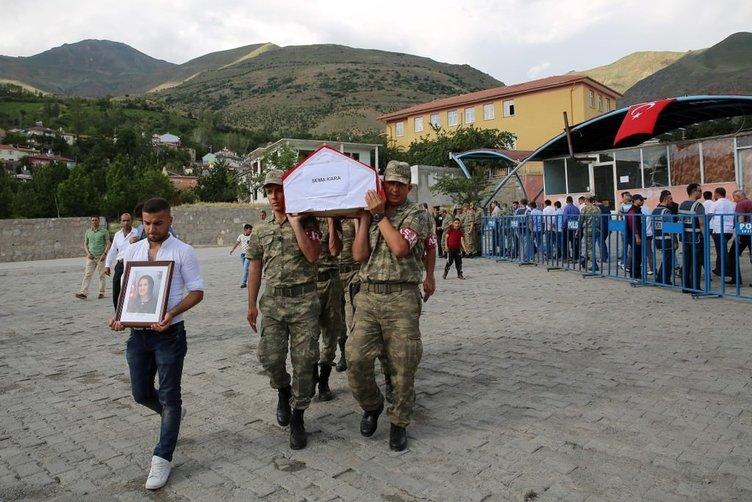 Vatandaşlar Kılıçdaroğlu'nun çelengini görünce