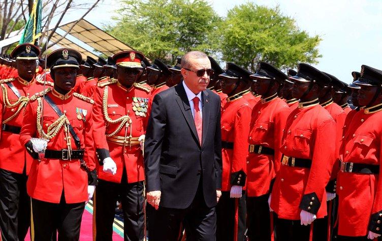 Cumhurbaşkanı Erdoğan, Tanzanya'da resmi törenle karşılandı