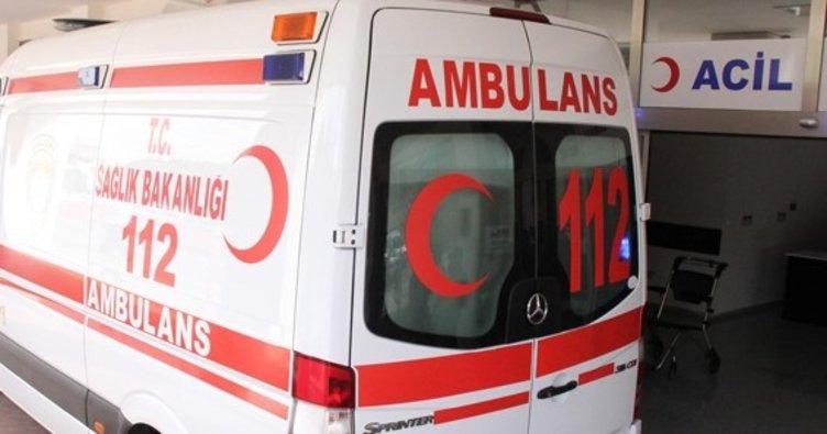 Edirne'deki trafik kazasında anne ile oğlu yaralandı.