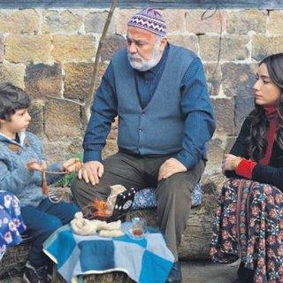 Sen Anlat Karadeniz'e Hatipoğlu'ndan övgü