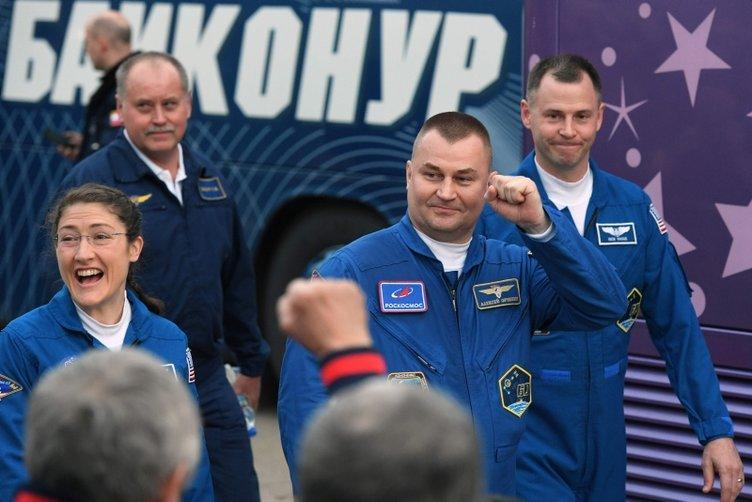 Tarihte ilk kez 2 kadın uluslararası uzay üssünde görev yapacak