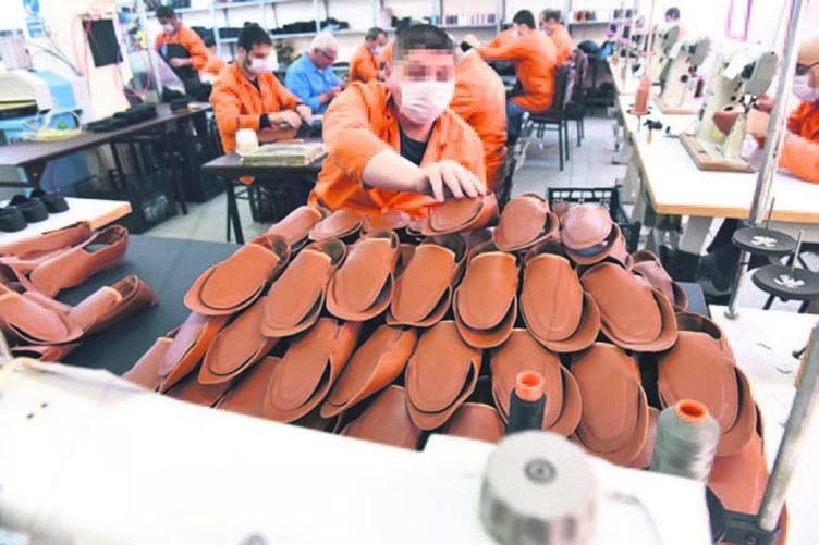 Silivri cezaevi fabrika gibi...